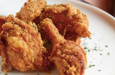 zorascafe_friedchicken_2880x2304_facebook_1200x628